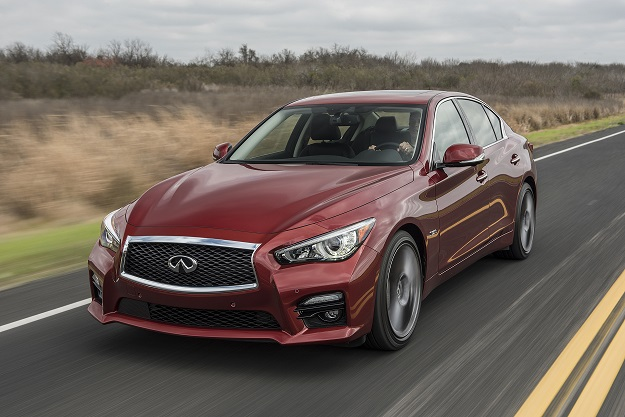 Infiniti Q50 models equipped with the 3.0-litre V6 twin-turbo 400 hp engine are designated as the Q50 Red Sport 400. This high output version offers the most standard horsepower in class for a non-specialty model. Torque is rated at 350 lb-ft at 1,600-5,200 rpm. U.S. model shown.